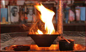 agnihotra fire flame, vedic temple, altar, meditation